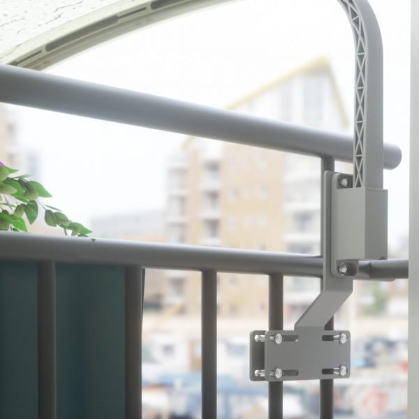 balcone in metallo da dietro
